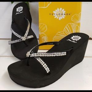 NWB Rhinestone Cross-Cross Yellow Box Sandal 8